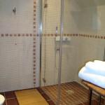 carrelage et pavage chaves_rénvation_sarlat_renovaation_dordogne-salle_de_bains_faïence